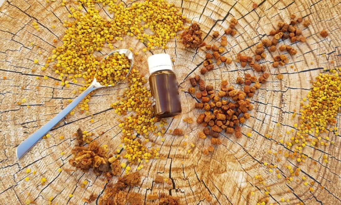 Pyłek i pierzga pszczela – naturalne suplementy